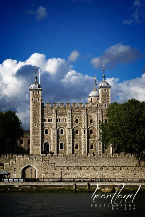 Tower of London, UK Landscape, Thames River, Castle Photo, Historical Places, London Prints, Travel Photography, Historic Architecture