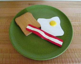 Pretend Wood Breakfast of Egg, Bacon and Toast/child's gift