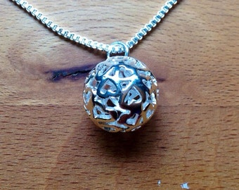 Sterling silver heart filigree hollow ball necklace