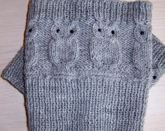 Owl boot cuffs with crystals. Knitted boot cuffs.
