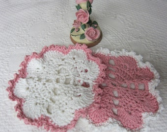 Crochet Dishcloth,Washcloth,Cotton Dishcloths,Heart Shaped Dishcloths,Hearts,Valentines,Pink Heart,Kitchen,Retro,Housewares,Set of 2,Gifts