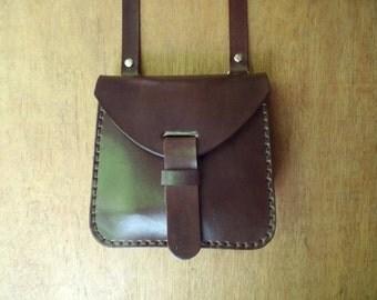 Leather crossbody bag, small. With inside pocket. Handmade leather bag. Leather shoulder bag. Dark brown.