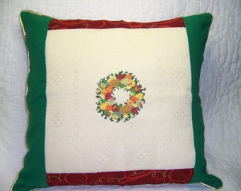 Xmas Wreath Pillow