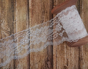 "White Polyester Raschel Flat Lace Trim 3"" 5 yards"