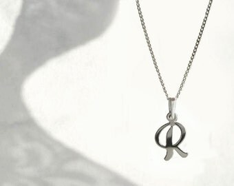 Small Letter R Necklace, Initial R Sterling Silver Charm with Chain, Single R Letter Necklace R Initial Art, Personalized Jewelry