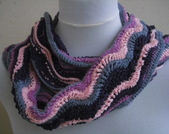 3 - colored scarf with wave