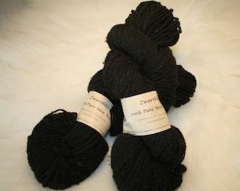 Zwartbles lambs wool DK 100g skeins