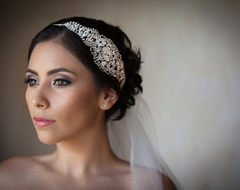 Bridal Headpiece/ Wedding Hair Accessories / Shiny Bridal Accessories