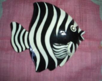 Jewelry Zebra Striped Fish Pin
