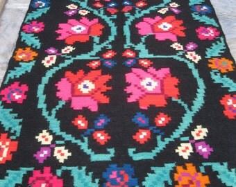 Antique Romanian flat weave wool rug carpet from Transylvania / WW