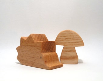 Waldorf inspired wooden toy: the Hedgehog