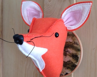 Felt Fox faux taxidermy head