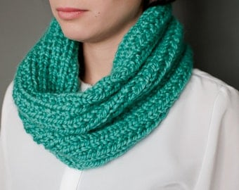 Turquoise Cowl