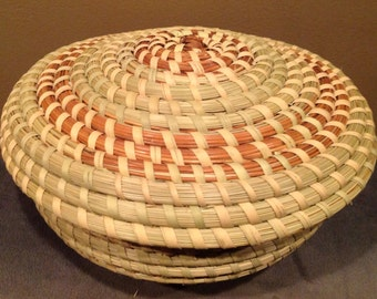 Round Sweetgrass Basket with Lid