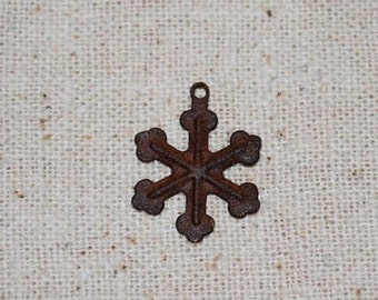 "Rusty Tin Look Snowflakes ... 24 - - 3/4"" primitive snowflakes .. scrapbook, craft embellishments"