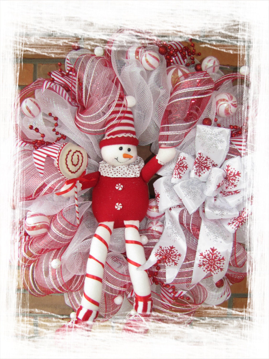 Candy Cane Deluxe Wreath- Christmas wreath- Candy cane decoration