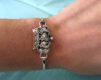 3 Day Shipping,Crown Bracelet,Royal Bracelet,Crown Bangle,Crown Jewelry,Silver Bangle,Celebrity Inspired,Trendy Bracelet,Silver Bracelet