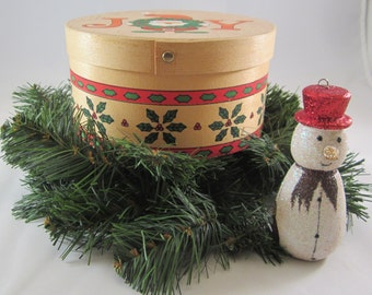 Vintage 1970-80's Nesting Wooden Boxes made in the classic Shaker style.The lids are painted with Santa peeking through a X-mas wreath - JOY