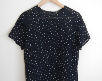 Sheer Vintage Midnight Blue Short Sleeve Blouse with Small Daisy Calico Pattern