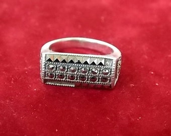 Vintage Estate .925 Sterling Silver Ring With Stones 5.59g E1763