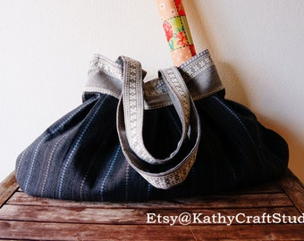 Handmade stripe pleated shoulder bag/ big size/ elegant taste