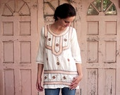 Boho-Ethnic Ivory Kaftan-Blouse (galabiya) in 60s Retro Style - Perfect Chic for a Perfect Fall !