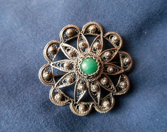 Beautiful vintage or antique handmade silver filigree Etruscan style brooch / pendant