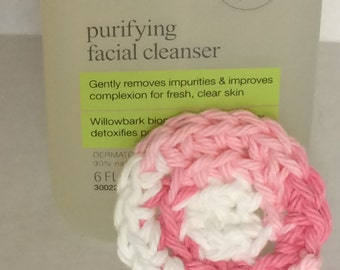 Skin care Scrubs small Pink and White Eye Makeup Remover Eco Friendly Reusable Cotton Crochet Pad - Set of 2