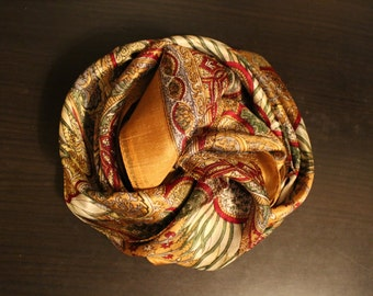 Yellow silk scarf / Made in India