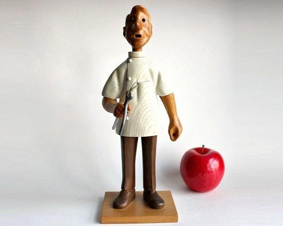 Romer 1960s Wood Dentist Figurine Statue Vintage Wooden Hand