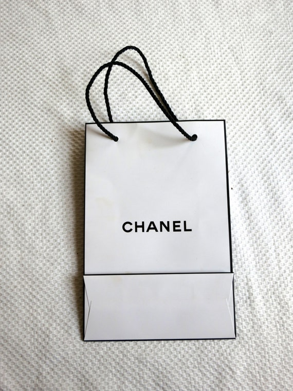 Chanel black on white shopping bag small bag paper Chanel