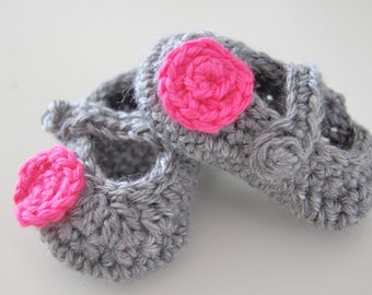 Baby Girl Crochet Mary Jane Booties with Flower