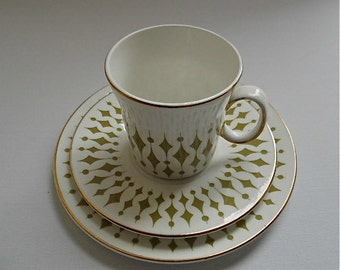 Hostess Tableware Trio by John Russell - Greenways Pattern