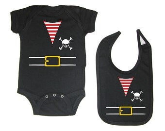 Pirate Baby Boy Or Girl Outfit Costume Bodysuit & Bib Set (PIR1-SSO/BIB)