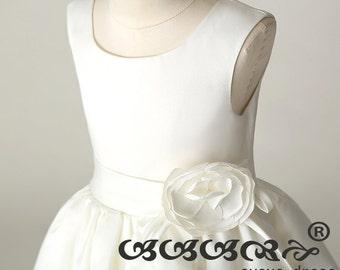 Ivory Flower girl dress , flower girl dress, junior bridesmaid dress, tulle flowerGirl Dress,Custom flower girl dress.party dress