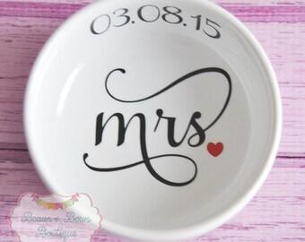 "VINYL ""MRS."" White Wedding Ring Holder Ceramic Bowl Heart with Wedding Date - Made to Order"