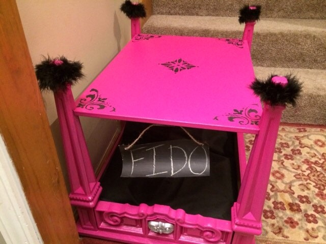 Bright pink black pet bed pet bed end table dog bed cat for Making a dog bed out of a table