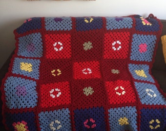 Vintage Granny Square Afghan - knit blanket throw lap size
