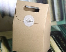 50pcs Gift Box Kraft Paper Box Craft Box Bag with Handle Soap Candy Bakery Cake Biscuits Packaging Boxes