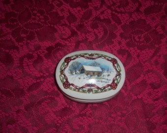 Melodies of Christmas music box