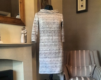 Lovely Wool Mix Dress with Mid Sleeves and Collar UK 12