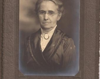 Cabinet Photograph, Golling Hesse, Elegant Older Woman, Vintage Photograph, Haunting Photo, Well Dressed Elderly Woman, Minneapolis