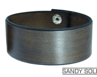 Handmade Vintage Style Dark Brown Leather Cuff  Bracelet with Silver Metal Snaps. UK Made Leather Cuff