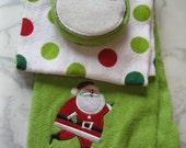 Christmas kitchen towels, Holiday tea towels, scrubber, Polka dot towels, 3 pc