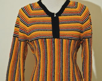 Vintage// 70s// multicolor knitted sweater.