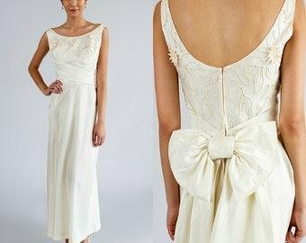 Long 1960s Wedding Dress / Vintage Ivory Satin Dress