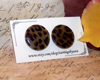 Flat Stud Earrings - Cheetah Print