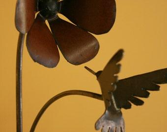 Metal Trumpet Flower with Humming Bird Garden Art