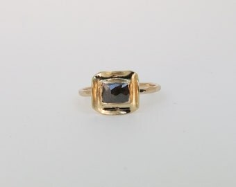 Grey Diamond in 18k Folded Bezel