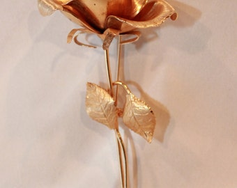 1960s Vintage Gold plated Single Rose Brooch Pin